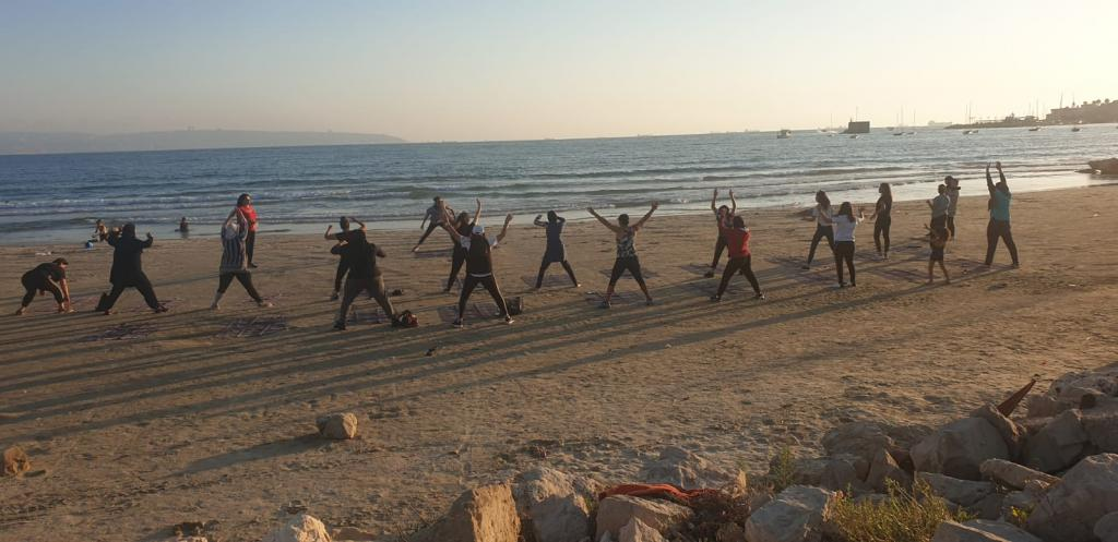 الفعاليات الرياضية على شاطئ الدولفينز مستمرة... ودعوة للمشاركة الأربعاء المقبل.