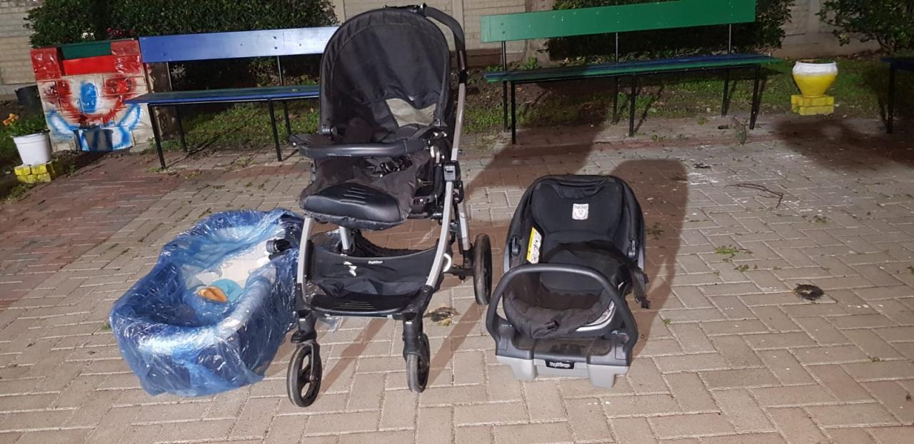 الخير منك وفيك: طقم عربةللطفل وسرير متنقل للرضيع وكرسي للسيارة
