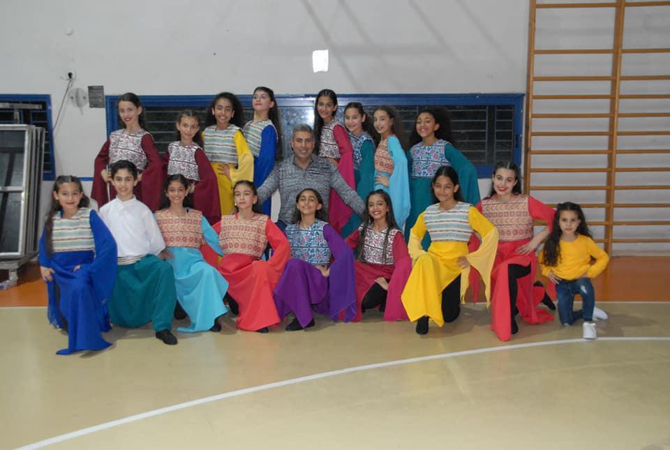 فرقة الرقص الفلكلوري